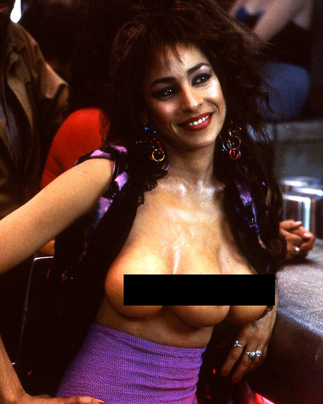 Lycia Naff from Total Recall 1990