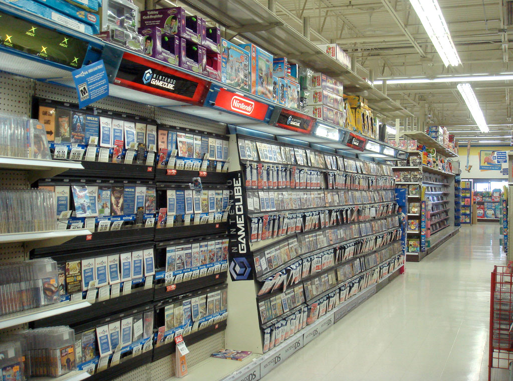 Games at Toys R Us in 2007