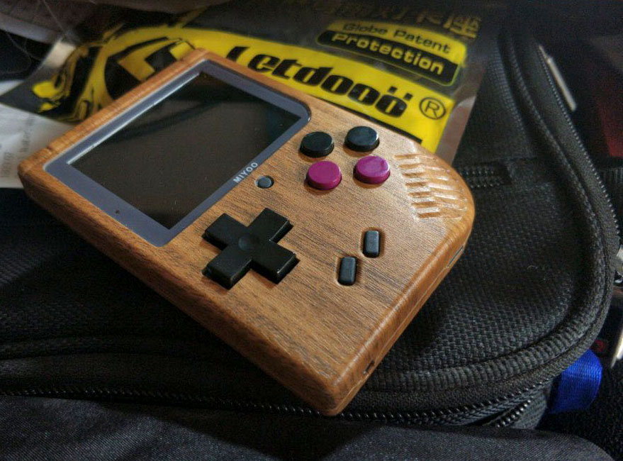 Bittboy handheld game